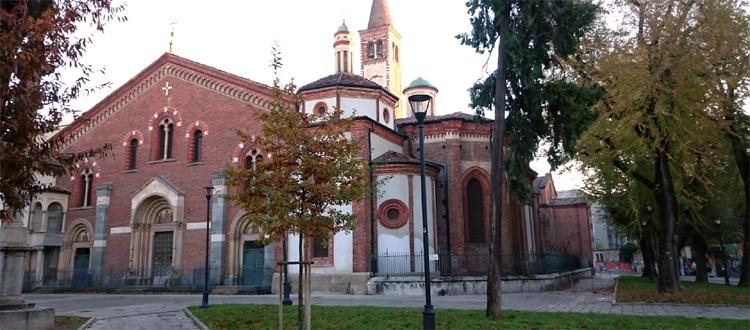 Basilica di sant 39 eustorgio residence lepontina for Piazza sant eustorgio